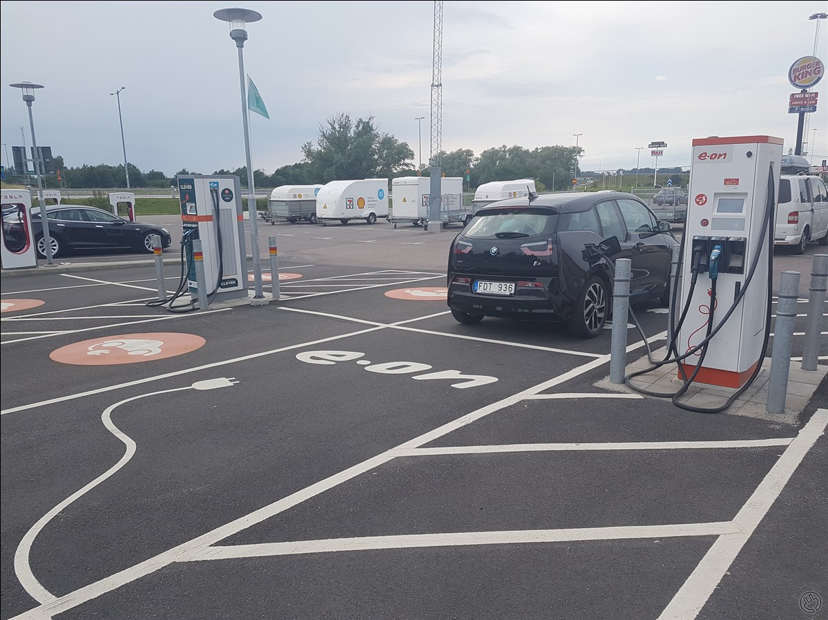 EON have free charging (not sure for how long, but with pin 0104). CCS is working.  Clever is having a charging station just next, as well as Tesla.